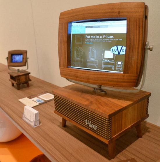 Для телевизора своими руками из дерева