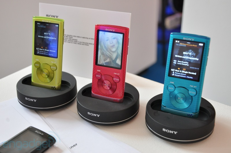 Разобрать Плеер Sony Nwz