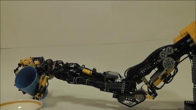 Механическая рука