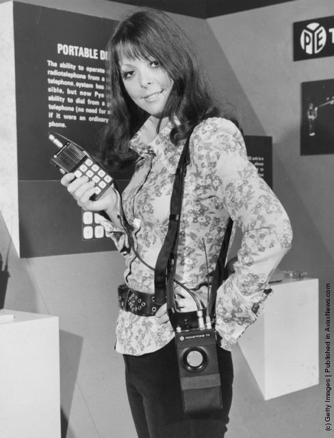 Эволюция мобильного телефона в фотографиях