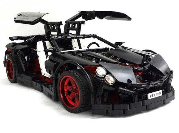 из Lego (2 фото + видео)