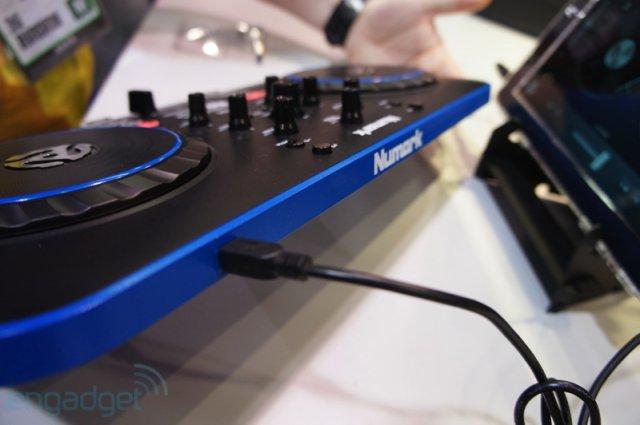 DJ-пульт для iГаджетов (16 фото + видео)