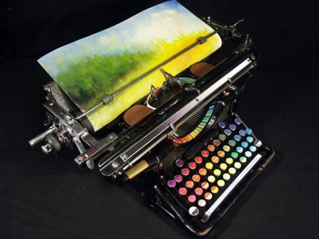 http://24gadget.ru/uploads/posts/2013-01/thumbs/1359353543_typewriter05.jpg
