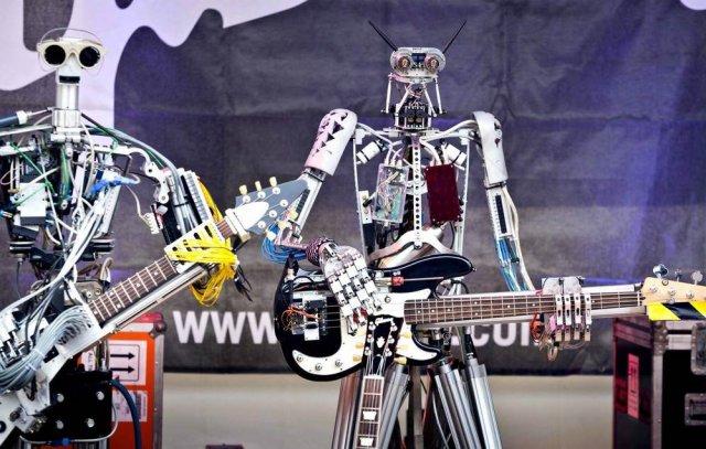 Роботы, которые скользят, ползают, летают и даже играют рок (16 фото)