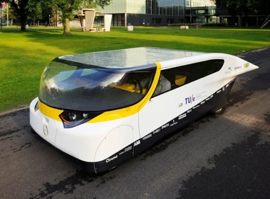 Stella - автомобиль на солнечных батареях для всей семьи