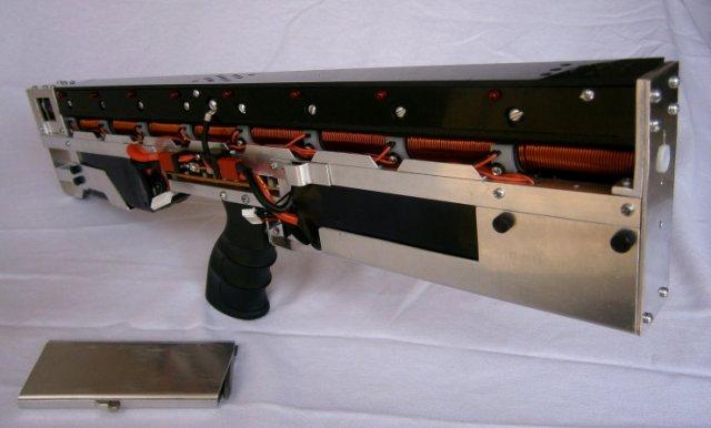 Гаусс-винтовка CG-42 В последнее время в средствах массовой информации все чаще и чаще фигурируют люди...