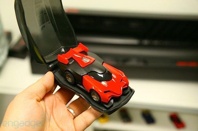 видео жечь машины игрушечные