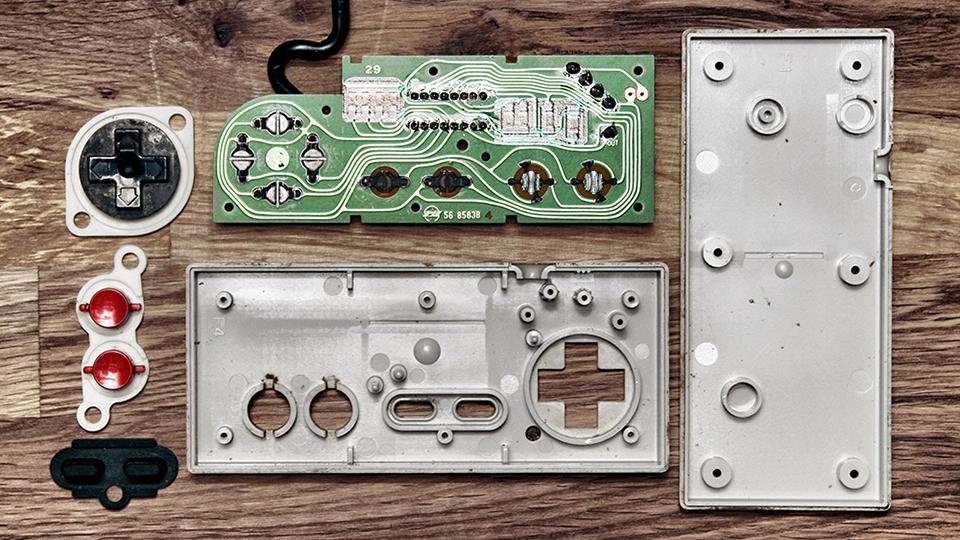 Увлекательная анатомия игровых контроллеров (6 фото)