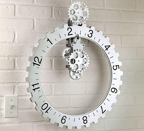 Бегущие часы