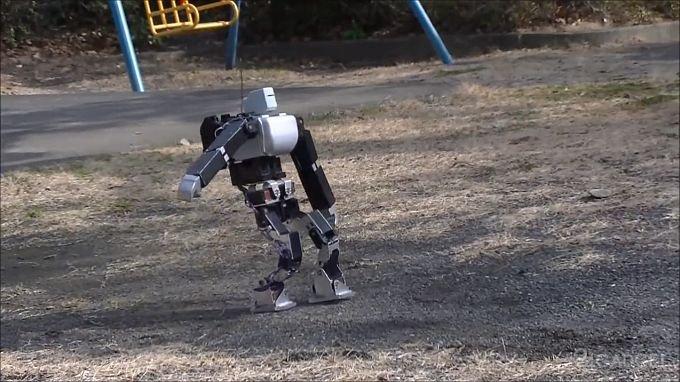 Любительский робот с потрясающей балансировкой (3 видео)