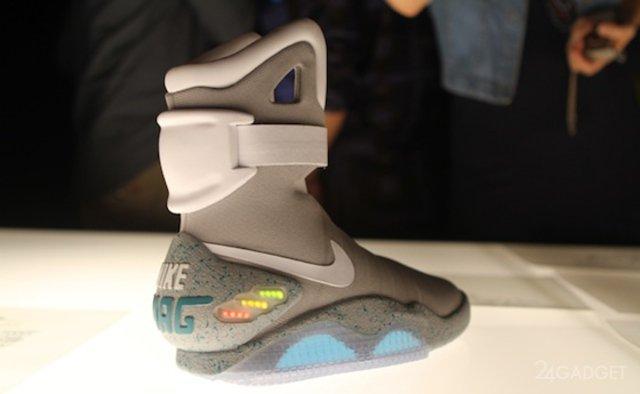 Футуристическая обувь Марти МакФлая (2 фото)