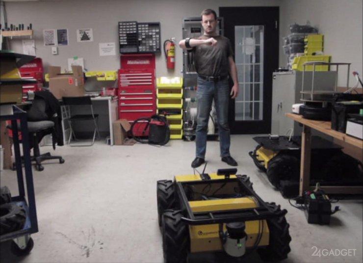 Жестовый контроллер для управления робототехникой (видео)