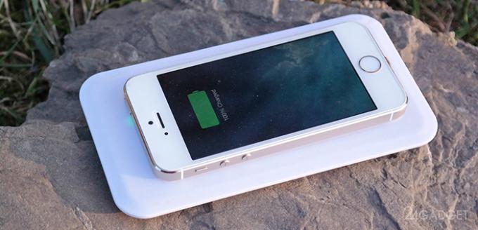 Устройство для беспроводной зарядки iPhone 5S и 5C (4 фото + видео)