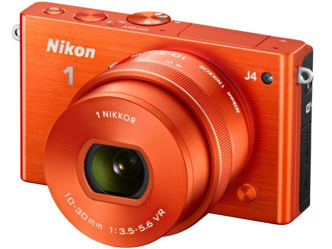 Компактная фотокамера Nikon со сменными объективами (7 фото)
