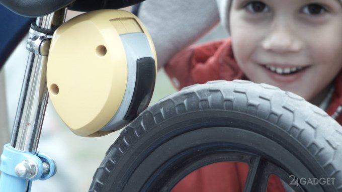 Надёжный способ ограничить передвижение маленьких велосипедистов (4 фото + 2 видео)