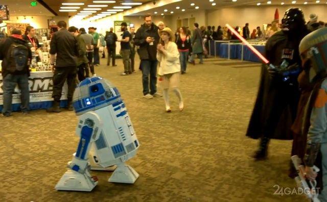 Полноразмерный и полнофункциональный R2-D2 из Lego (8 фото + 3 видео)