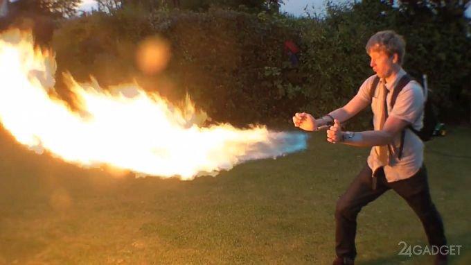 Самодельный ручной огнемет (видео)