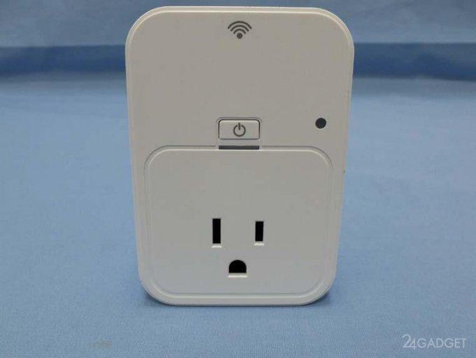 Розетка с WiFi от D-link (4 фото)