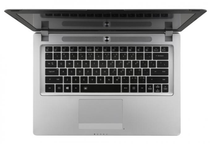 Новый игровой ноутбук от Gigabyte (3 фото)