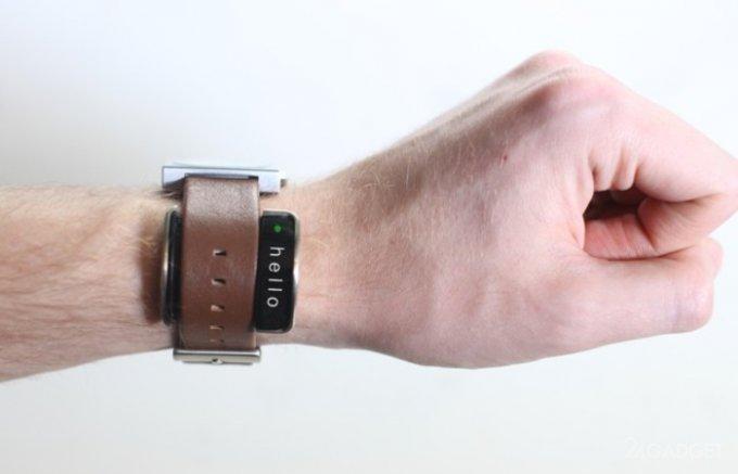 Гаджет, превращающий обычные часы в умные (3 фото + видео)