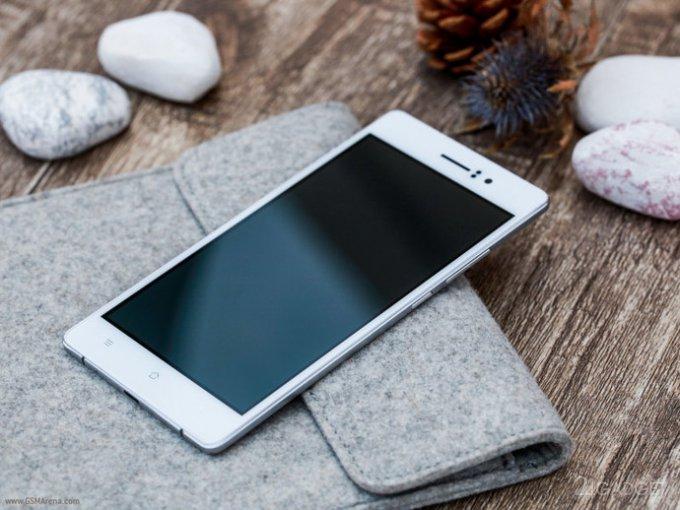 Oppo R5 - самый тонкий в мире смартфон (5 фото)