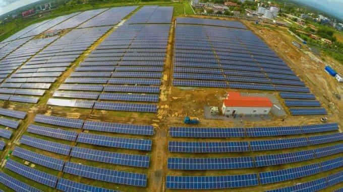 Первый в мире аэропорт, полностью обеспечивающий себя электропитанием за счёт энергии Солнца, появится в Индии (5 фото)