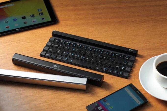 LG Rolly Keyboard — сворачивающаяся Bluetooth-клавиатура (6 фото + видео)