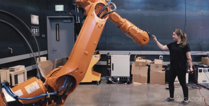 Жестовое управление делает промышленных роботов безопасными (видео)