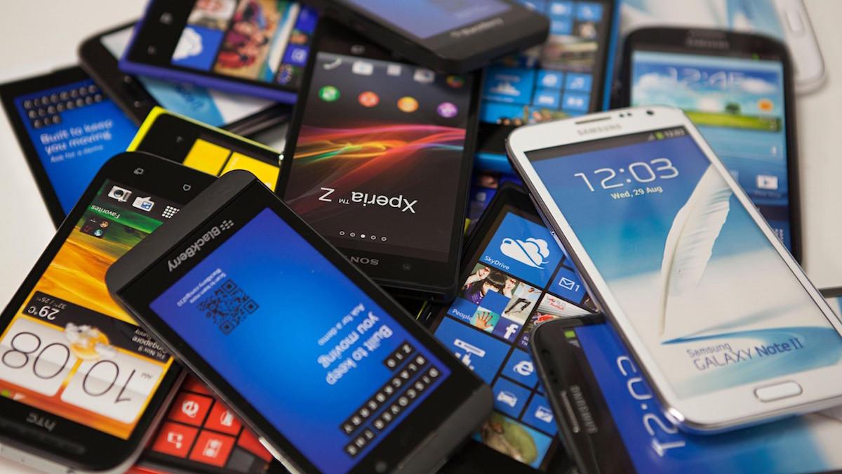 Различные телефоны: Samsung, Sony, HTC, BlackBerry и др.