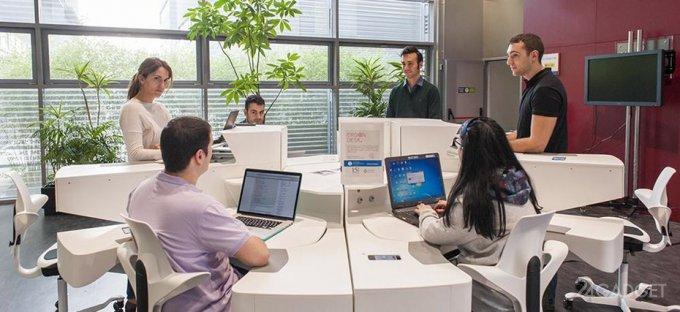 Модульный смарт-стол для офиса (5 фото + видео)