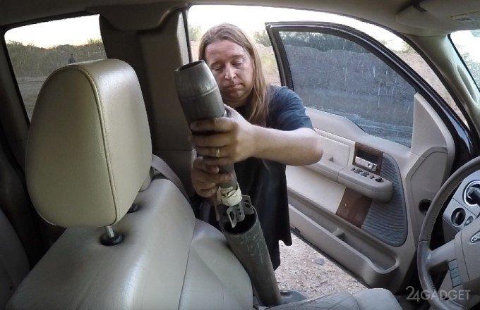Безумный эксперимент с минометом и авто (видео)