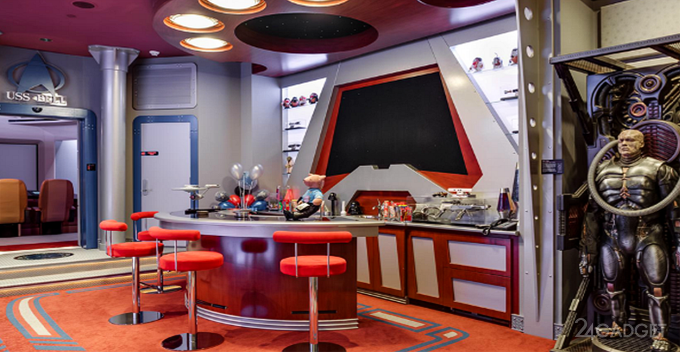 Домашний кинозал в стиле космолёта Enterprise (12 фото + видео)