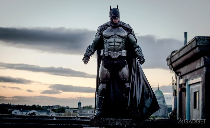 Боевой костюм Бэтмена попал в Книгу рекордов (12 фото + видео)