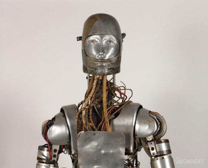 NASA продаст с молотка раритетного робота (14 фото + видео)