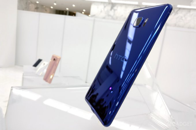 HTC представил смартфоны с искусственным интеллектом (20 фото + видео)