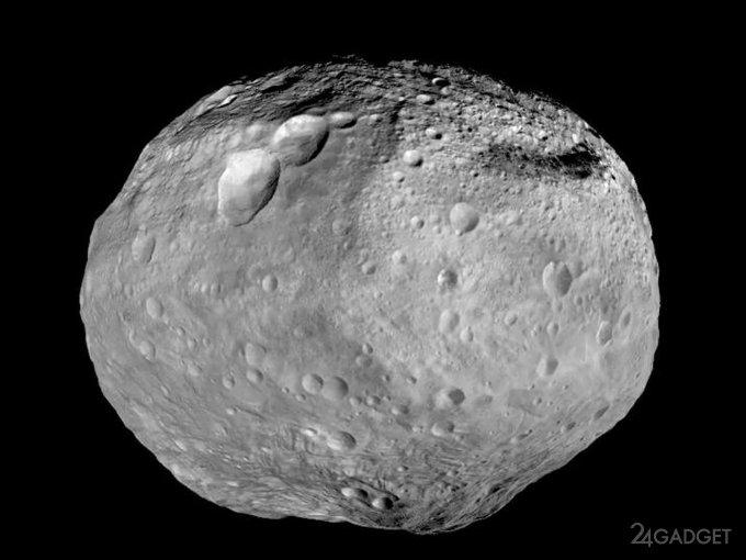 Сегодня астероид Веста засияет над Россией (3 фото)