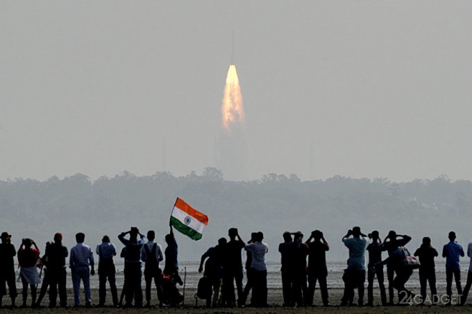 Индия за раз успешно вывела на орбиту рекордные 104 спутника (3 фото)