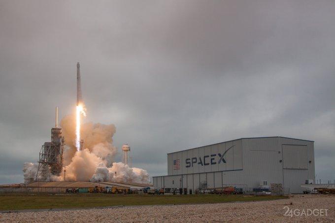 Falcon 9 отправил грузовик Dragon к МКС и успешно вернулся на Землю (6 фото + видео)