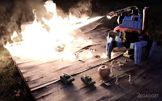 Радиоуправляемый шестиногий робот-огнемет (2 видео)