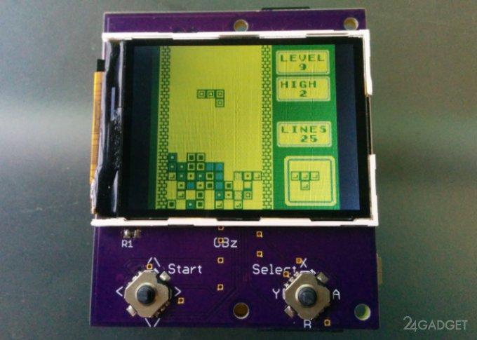 Game Boy Zero размером с картридж к оригинальной приставке (видео)