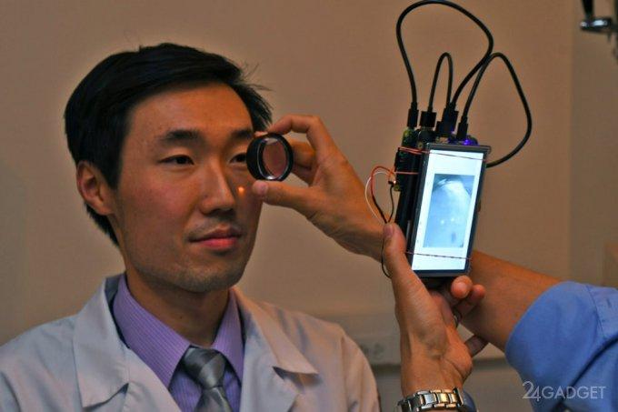 Компактная видеокамера заменит глазные капли