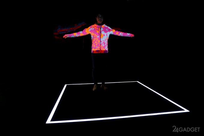 Adidas свяжет эксклюзивный свитер на заказ прямо в магазине (9 фото)