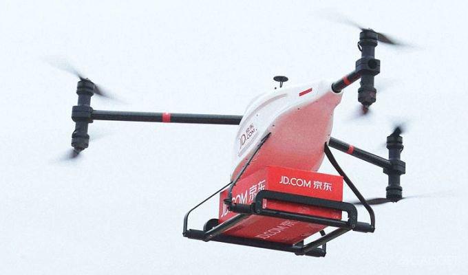 Китайский дрон сможет перевозить тонну груза
