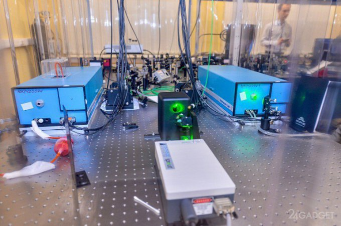 В России появилась первая многоузловая квантовая сеть (2 фото)