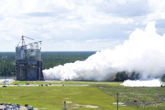 Огневые испытания двигателя сверхтяжелой ракеты SLS (видео)