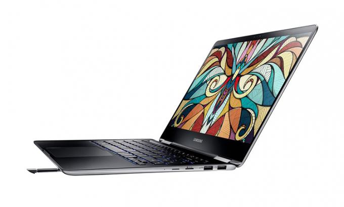 Samsung дополнила ультрабуки Notebook 9 Pro стилусом (7 фото)