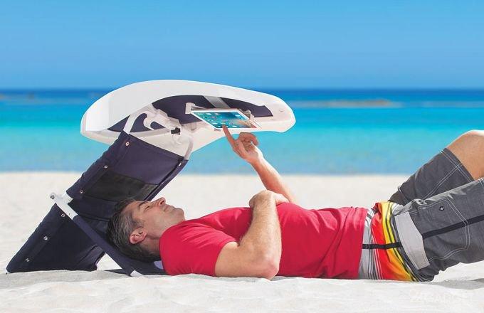 Пользоваться гаджетами на пляже станет удобно (4 фото + видео)