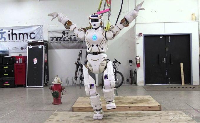 Valkyrie - человекоподобный робот для освоения Марса (видео)