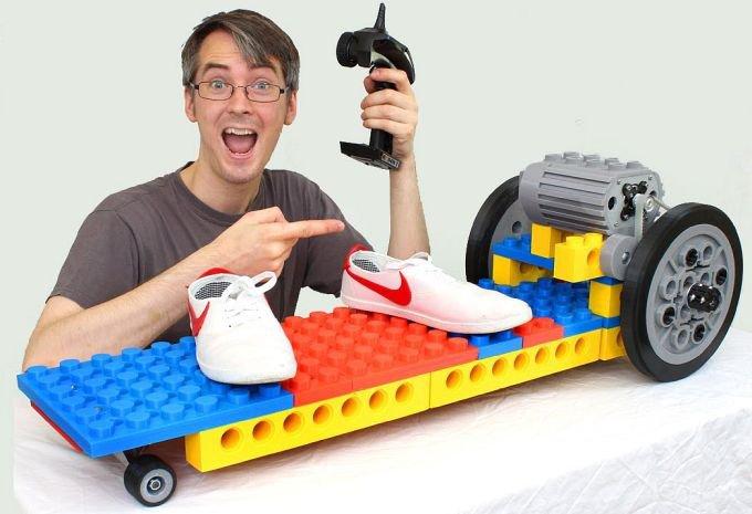 Электрический скейтборд в стиле Lego своими руками (3 фото + 2 видео)