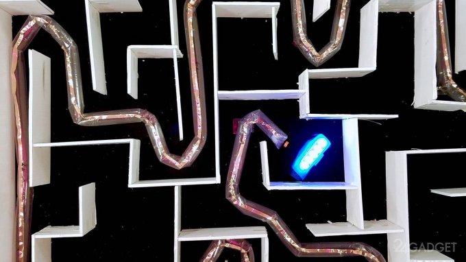 Робот-змея будет помощником спасателей и врачей (5 фото + видео)